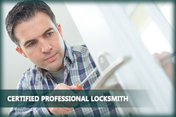 Neighborhood Locksmith Store Sheffield Lake, OH 440-363-0464